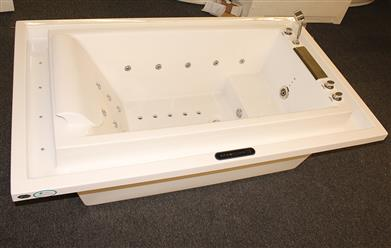 Deluxe Hydromassage JETTED BATHTUB.Whirlpool .  M1910-D - Image 8